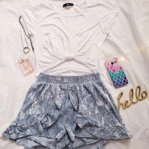 LE LIS Shorts - Velvet Ruffled Short